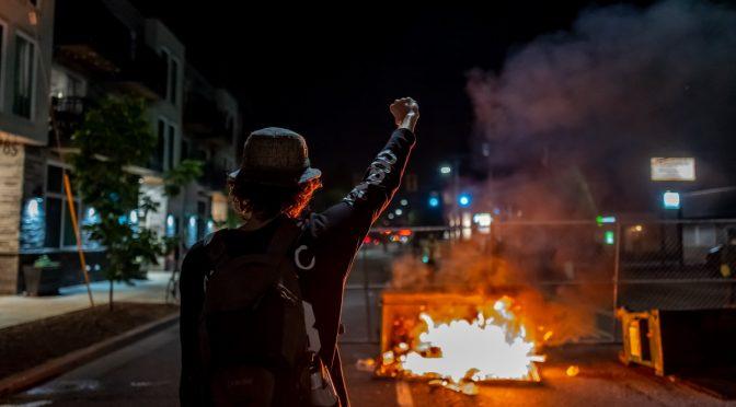 portland-riot-scene